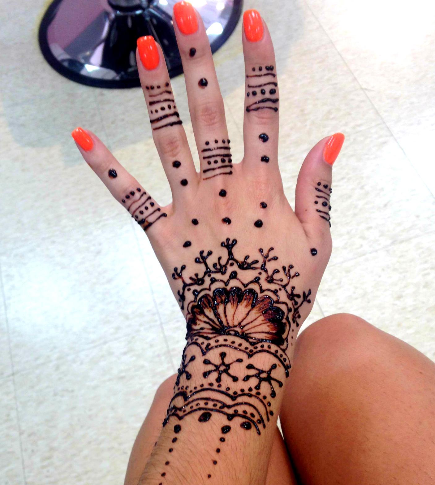 Henna Tattoo In Little India Singapore: My First Henna Tattoo